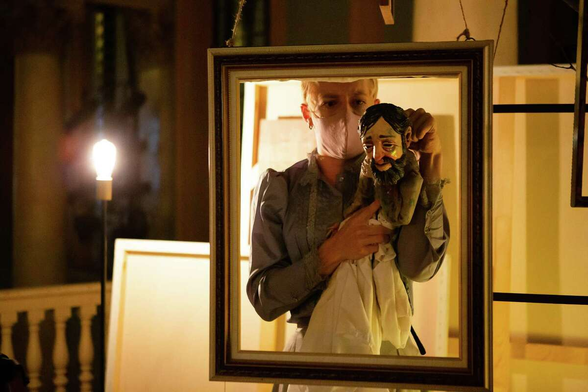 Ryan Lisa, with the Toulouse-Lautrec puppet.