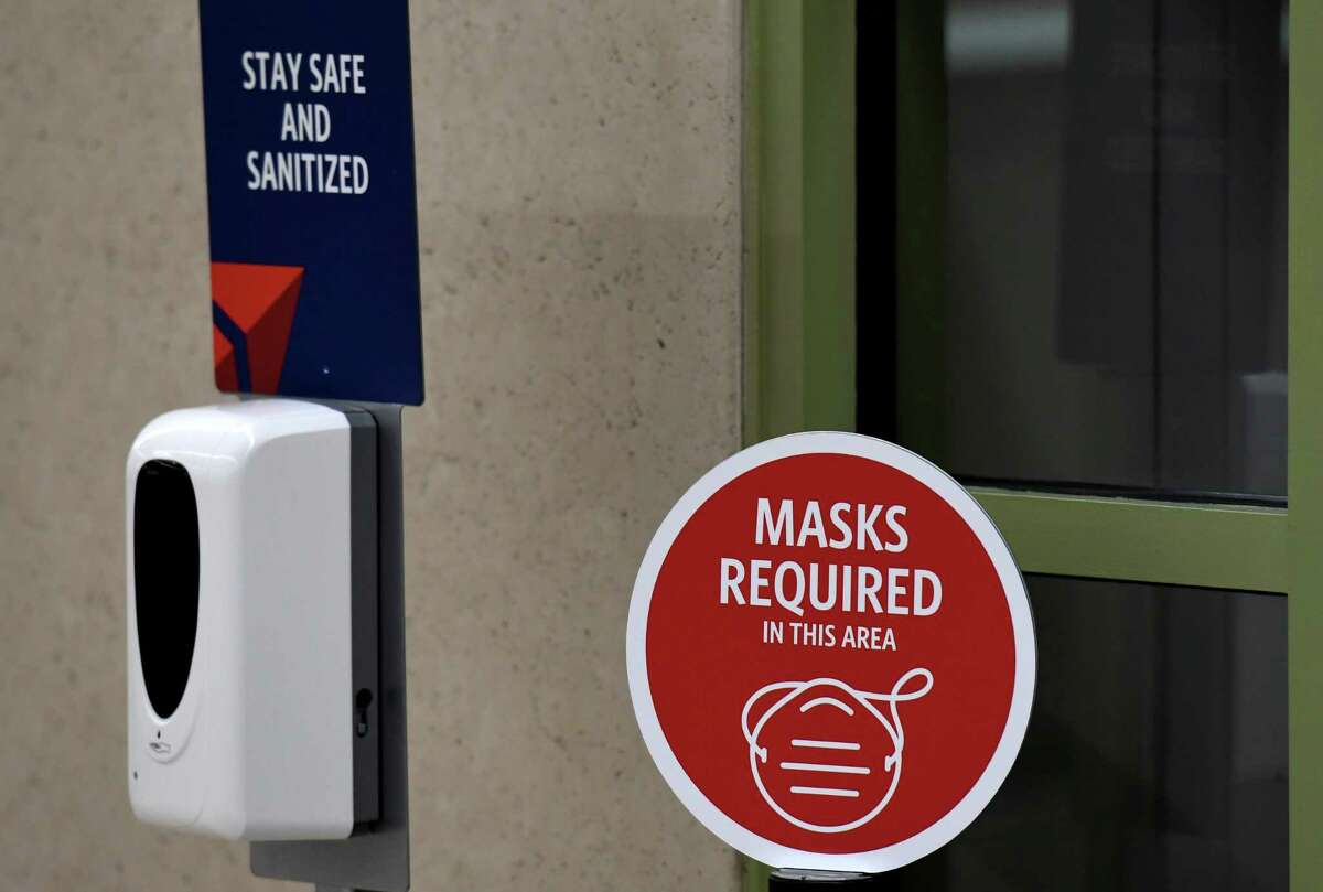 FILE. Letter writer urges health experts to speak directly to public to explain the science behind, and benefits of, recommended public health practices of wearing a mask, using hand sanitizer and employing physical distancing. (Will Waldron/Times Union)