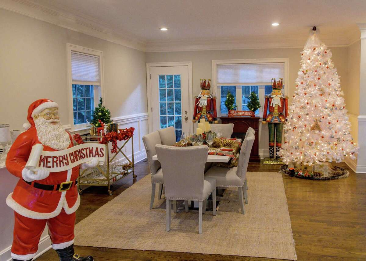 """""""We're having a lot of twinkly escapism fun with this, for sure,"""" said Lish Kennedy, Vrbo's vice-president of brand marketing. """"But it's also a fit because Vrbo is all about family togetherness and Lifetime has put together a slate of holiday movies featuring all kinds of families. When we decided to bring a make-believe place to life in an over-the-top holiday Vrbo, we knew Lifetime would have the recipe."""" The house, which sleeps six and has three bedrooms and two bathrooms, is available for a three-night minimum stay from Nov. 27 through Dec. 27 at a rate of $100 per night, with the rental fees being donated to charity."""