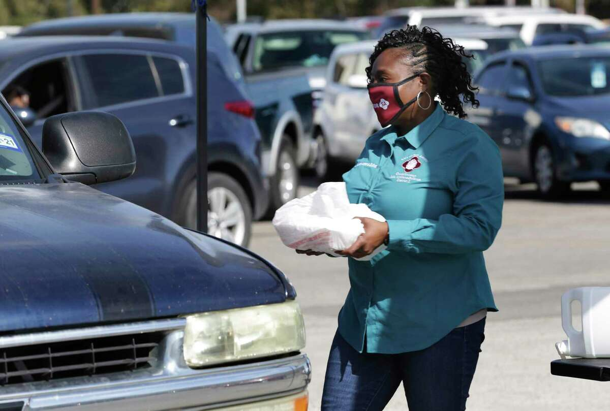 San Antonio Councilwoman Jada Andrews-Sullivan hosted a District 2 drive-thru Thanksgiving dinner giveaway with meals prepared by Mr. A. OK's Kitchen on Walzem Rd, on Friday, Nov. 20, 2020.