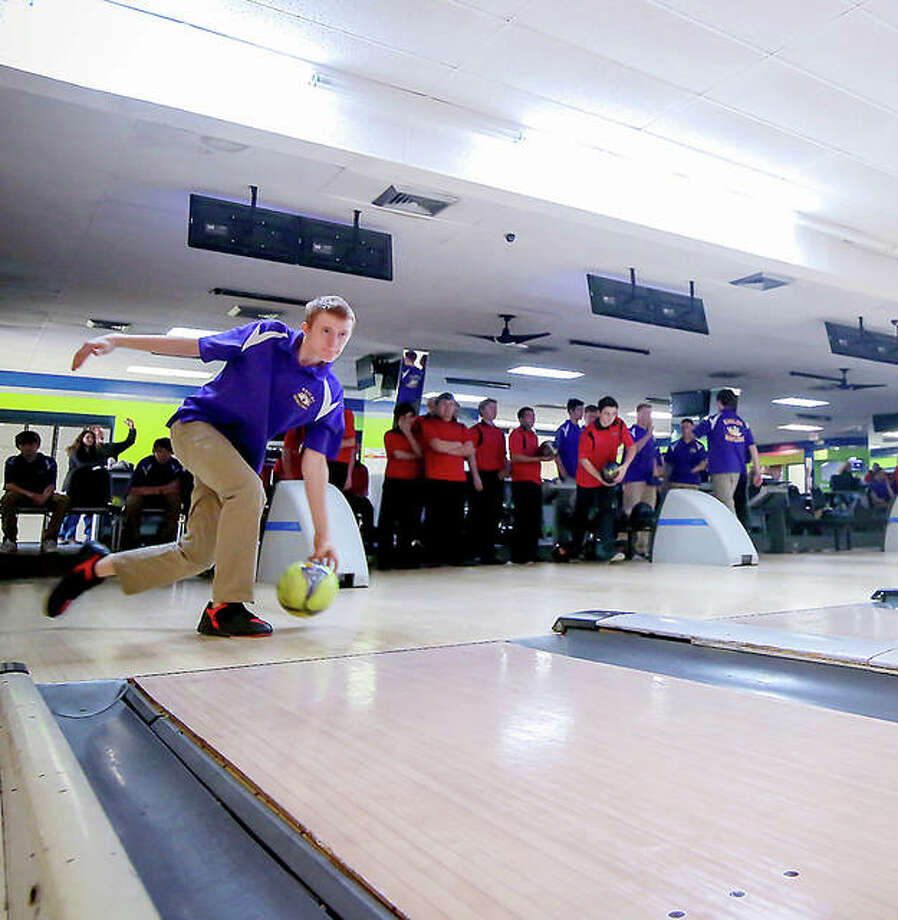 Prep bowlers in action at Airport Plaza Bowl in Bethalto. IHSA bowling, along with other winter sports, is in a 'temporary pause' because of COVID-19. Photo: Pete Hayes | The Telegraph