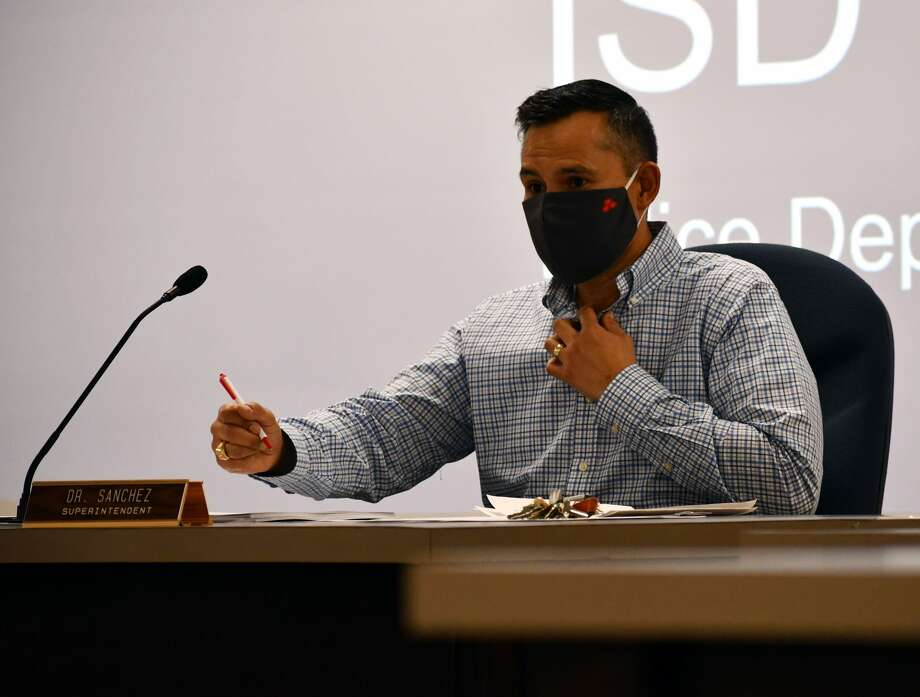 Plainview Superintendent H.T. Sanchez addresses the Plainview ISD School Board during the November 2020 regular meeting. Photo: Nathan Giese/Plainview Herald