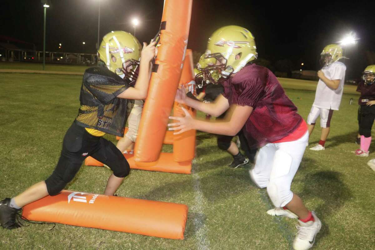 The top-ranked Junior Seminoles go through a drill Tuesday night in preparation for the start to TIFI's playoffs on Saturday.