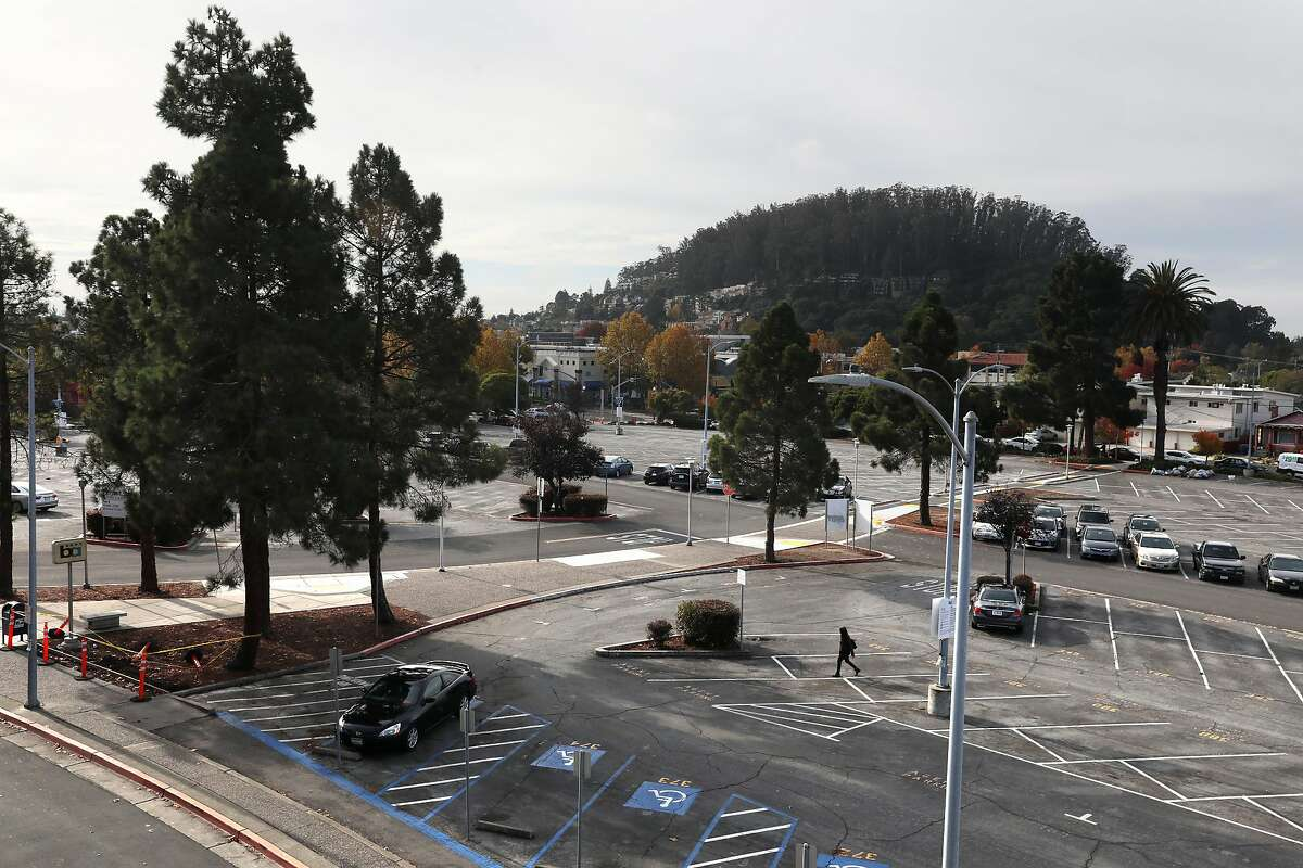 780 units of affordable housing will be built on 8 acres of parking lots at El Cerrito Plaza BART.