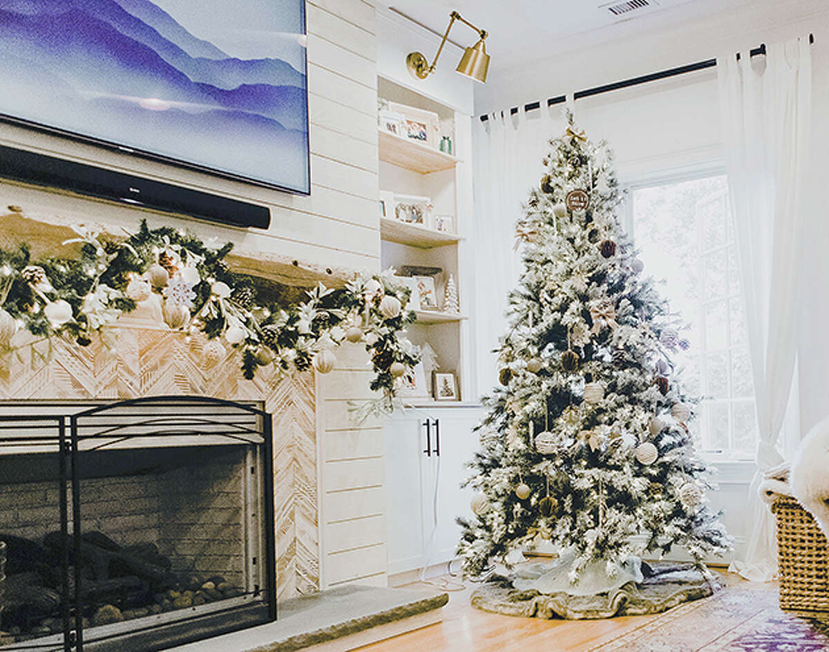 Lindsey Catarino is the talk of her neighborhood. She put up her Christmas tree, lights and all, in mid-September. By Oct. 1, her mantel was decorated. She is one of a growing number of people who have gone full-on Christmas weeks earlier than they normally would.