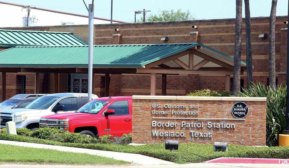 Esta foto del 20 de mayo del 2019 muestra la estación de la Patrulla Fronteriza en Weslaco, Texas.
