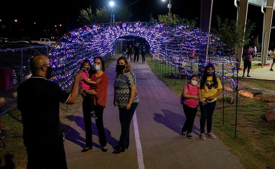 "Laredo unveiled its Christmas light display Friday at Jovita Idar's ""El Progreso"" Park, a display which will be up through Jan. 6. Photo: Danny Zaragoza / Laredo Morning Times"