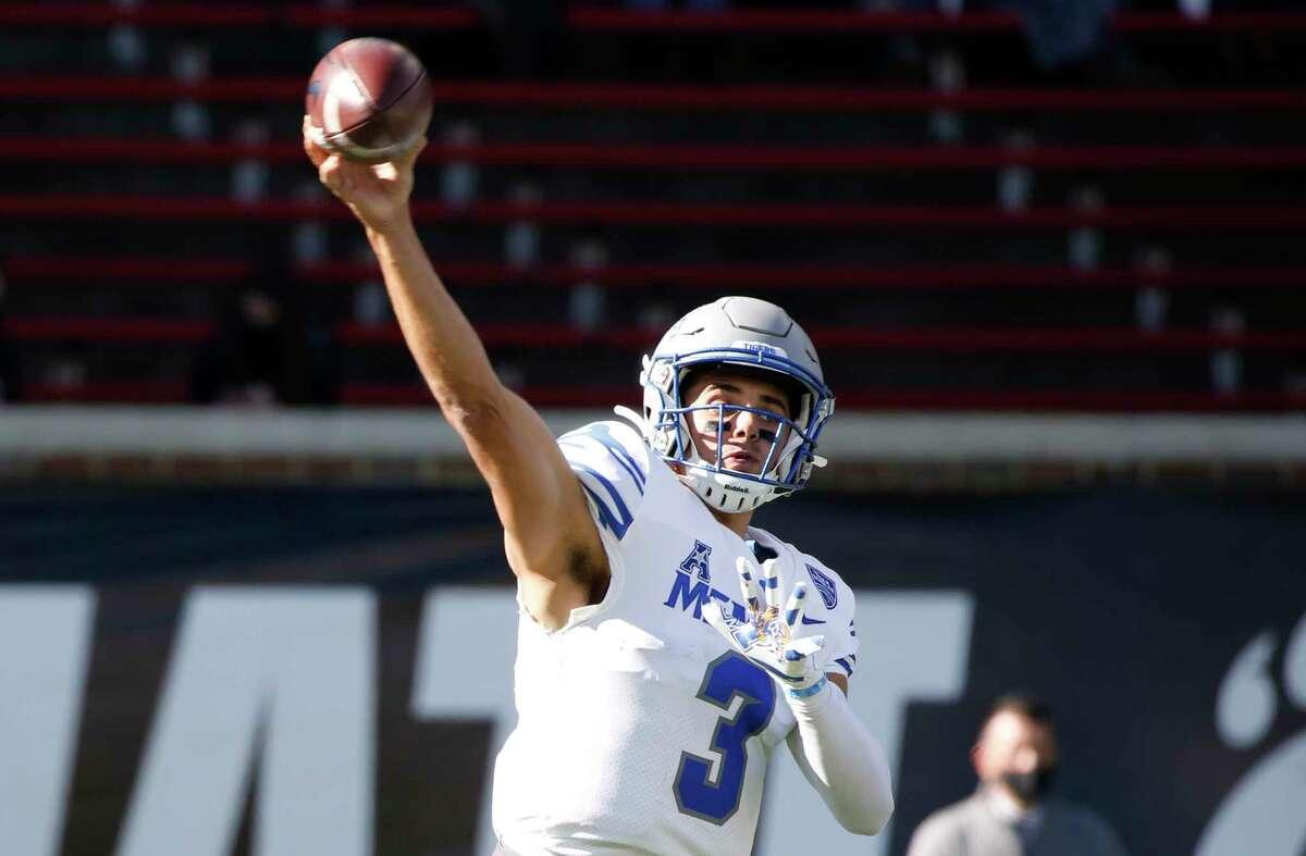 Memphis quarterback Brady White (3) throws against Cincinnati during the second half of an NCAA college football game Saturday, Oct. 31, 2020, in Cincinnati. Cincinnati won 49-10. (Photo by Gary Landers)