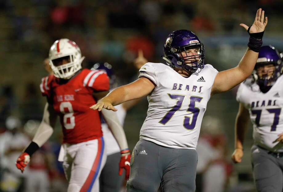 Montgomery offensive linemen Zach Hird (75) and the Bears will play for a share of the District 10-5A (Div. II) championship next Friday against Huntsville. Photo: Jason Fochtman, Houston Chronicle / Staff Photographer / 2020 © Houston Chronicle