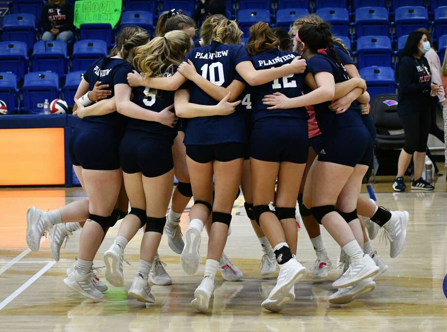 Plainview concluded its season with a 3-0 loss to Lubbock-Cooper in a Class 5A bi-district championship volleyball match on Nov. 21, 2020 in the Rip Griffin Center at Lubbock Christian University in Lubbock. Photo: Nathan Giese/Planview Herald