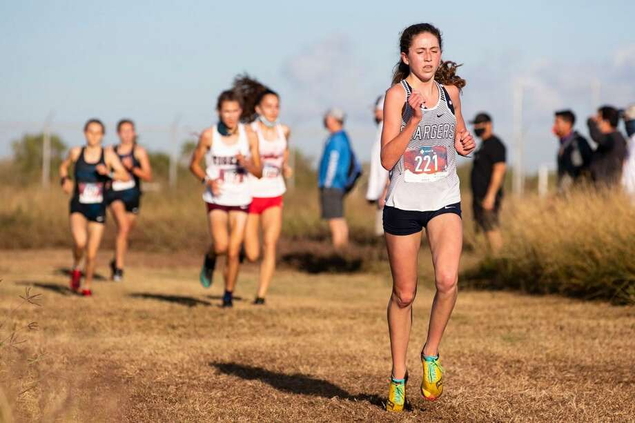 Boerne Champion junior Kate Williams, competing in the Region IV-5A girls race on Nov. 9, is one of the Chargers back to try to defend the school's state championship in 2019. Photo: Courtney Sacco/Corpus Christi Caller-Times