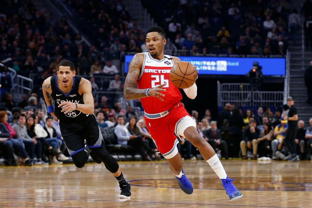 FILE: Kent Bazemore #26 of the Sacramento Kings drives to the basket in the first half against the Golden State Warriors at Chase Center on February 25, 2020 in San Francisco.