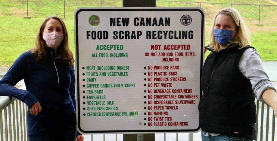 """Allyson Mahoney (left) of online community New Canaan Moms and Katie Owsley of Planet New Canaan show what can and cannot go into food scrap recycling. Planet New Canaan, the Town of New Canaan and the New Canaan Library are presenting a live webinar titled, """"Recycling Food Scraps in New Canaan,"""" Dec. 10 at 7 p.m. via the Zoom application. Photo: Beth Sanford / Contributed Photo"""