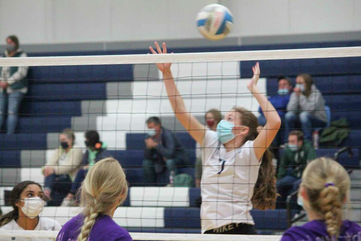 CCA's Jessica Cole (7) goes after the ball in volleyball action this season. (Pioneer file photo)