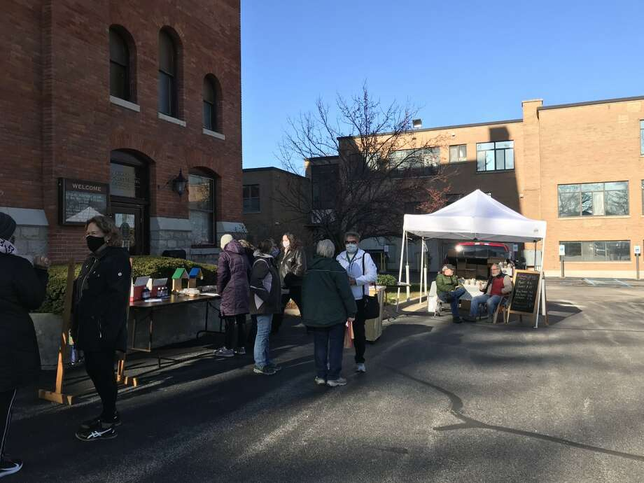 Cold weather didn't deter patrons from the First Congregational Church's Heritage Bazaar. Photo: Erin Glynn/News Advocate