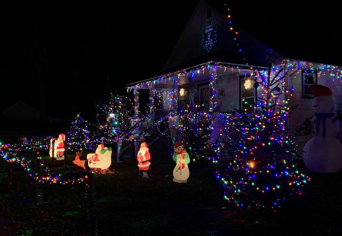 Images of holiday decorations from around Midland