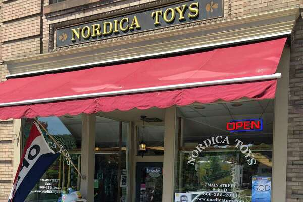 Shoppers at Nordica Toys on Main Street in New Milford are entering to win gift certificates through the seasonal program.