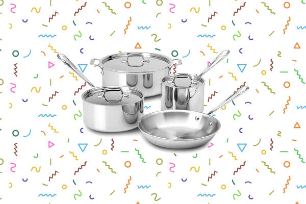 7-piece All-Clad cookware set for $299 at Macy's