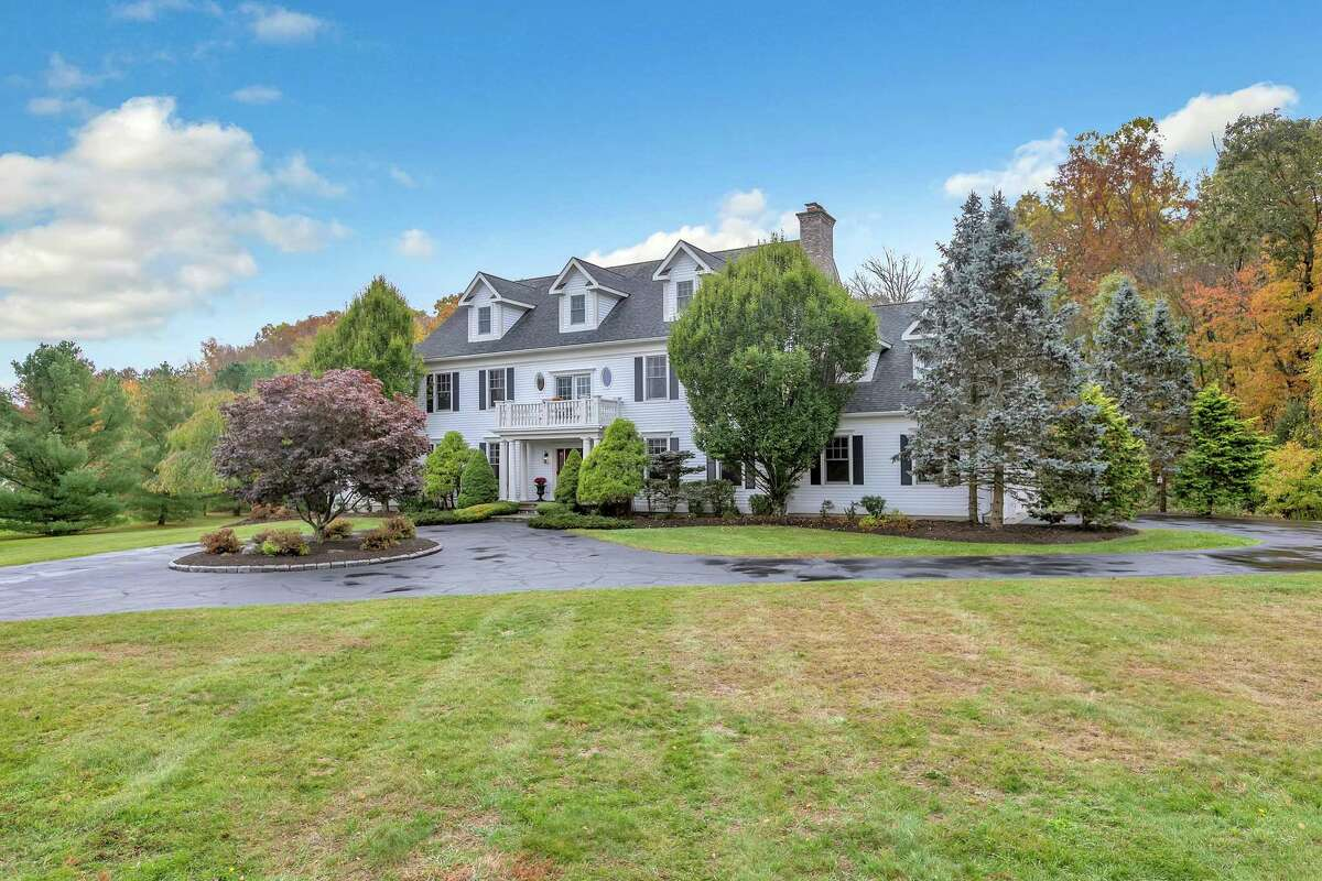 The custom-built colonial house at 25 Abbey Road in Easton features 5,848 square feet of living and entertaining space.