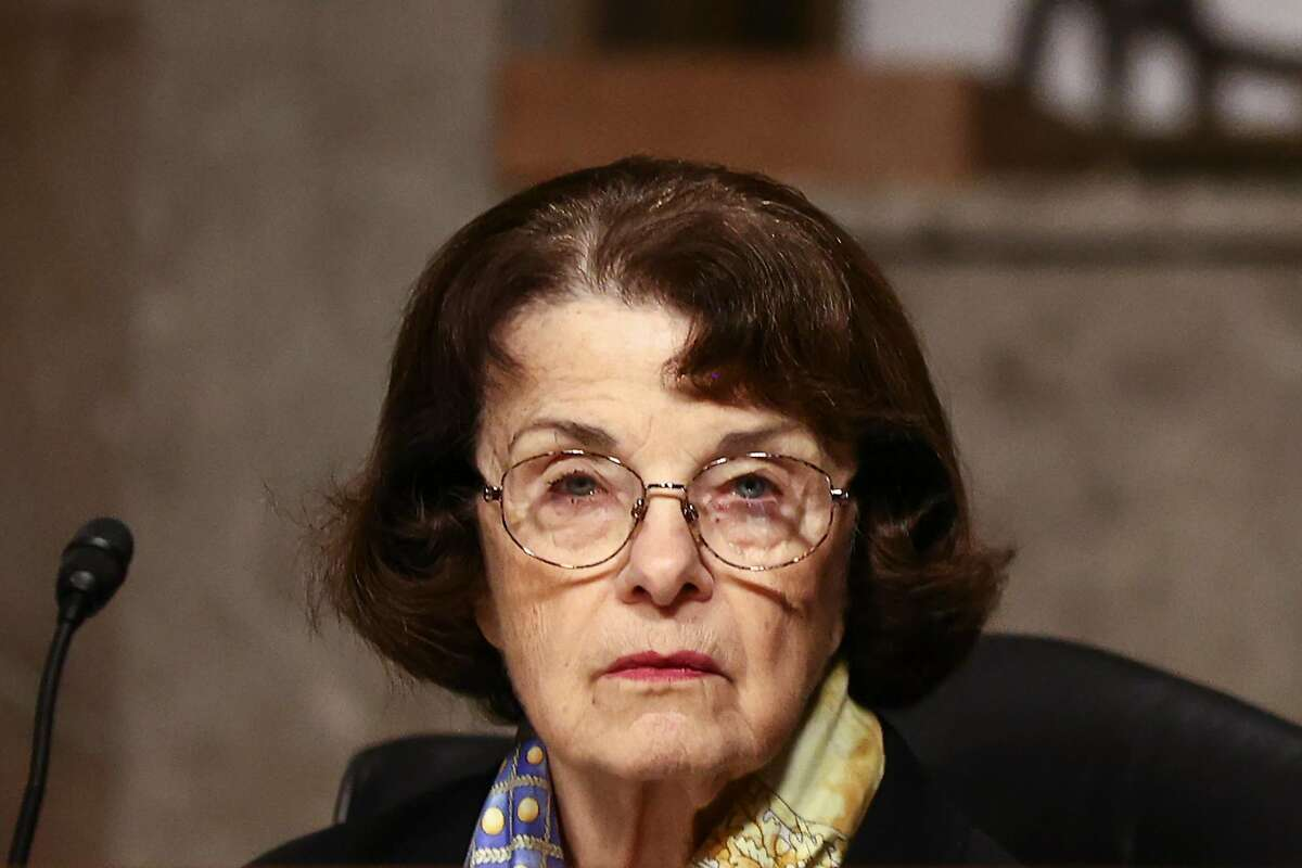 Dianne Feinstein will not seek the top spot on the Judiciary Committee.