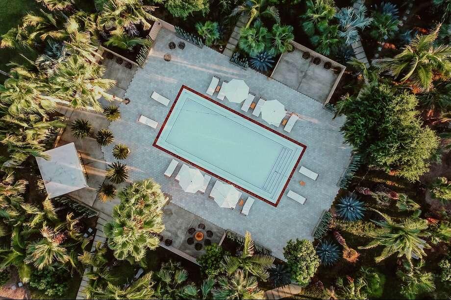 Photo: Acre Resort