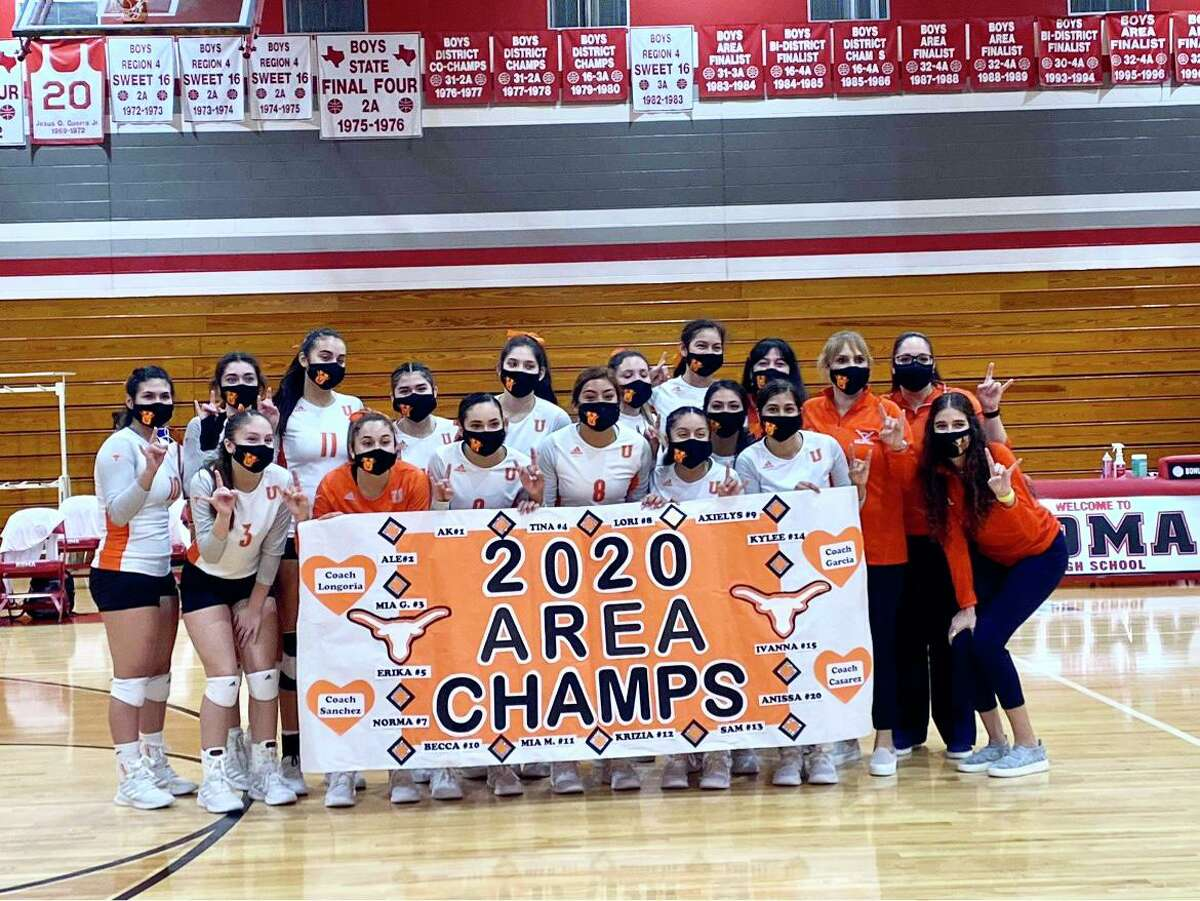 United swept Harlingen Monday to win its seventh consecutive area championship/