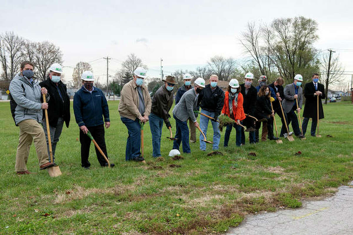 Groundbreaking on Madison County Transit's (MCT) new park and ride lot in East Alton happened Monday.