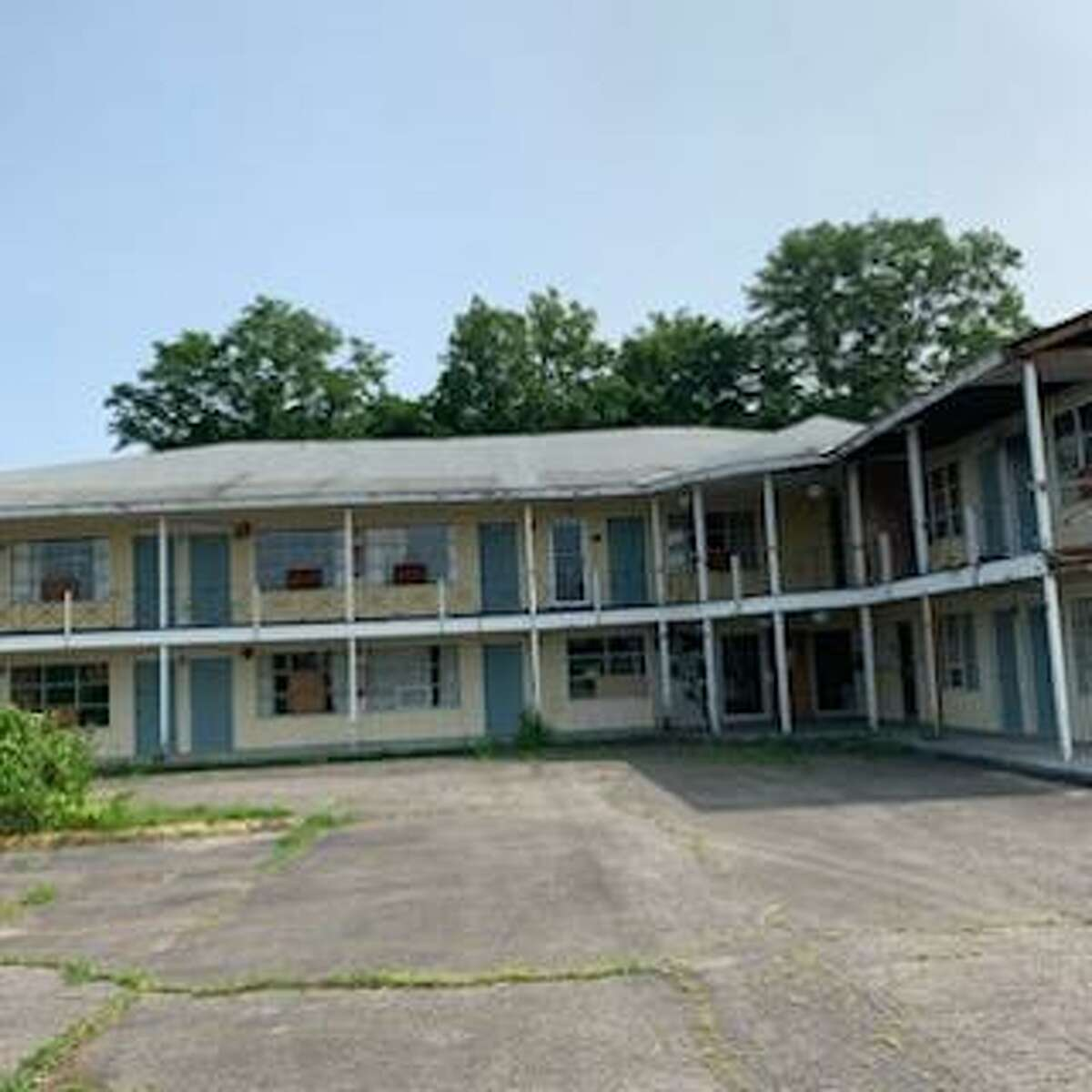The former Governors Motor Inn will be redeveloped into a self-storage facility.
