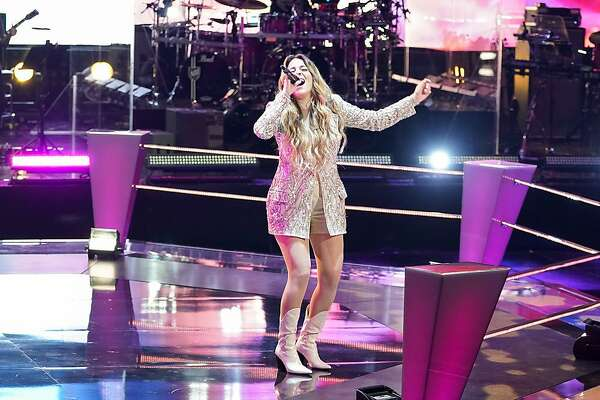 """Middlebury, Connecticut native Taryn Papa sings during the Battle Rounds on """"The Voice."""""""