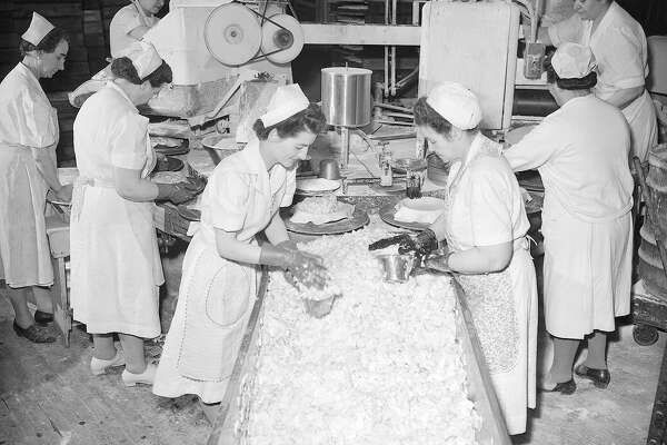 "When mother bakes a pie, that's big eating. When a pie company bakes 20,000 pies a day, that's big business. For one of the country's largest commercial pie bakeries, the Sunkist pie company of Chicago, the total goes even higher on special ""pie days,"" like Thanksgiving, Christmas and Washington's Birthday."