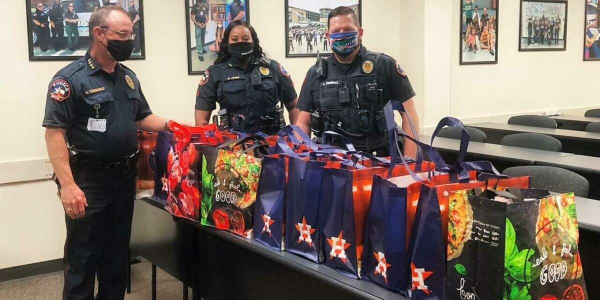 The Klein ISD Police Department donated 20 Thanksgiving meals and 50 additional turkeys to community members in need as part of the department's Friends in Giving food basket drive, an initiative launched toe help people who have been negatively impacted by the pandemic.