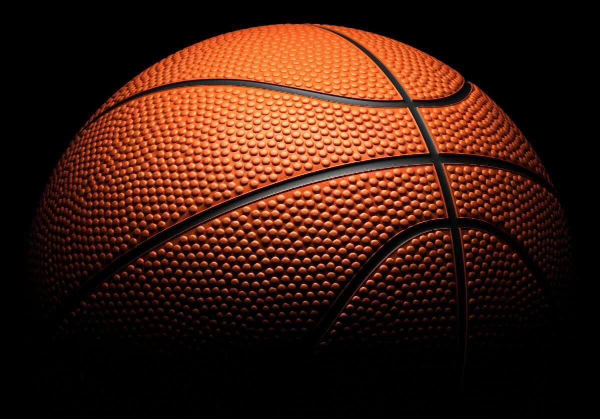 Hamshire-Fannett stayed unbeaten with a big win over Port Arthur Memorial Tuesday at home.