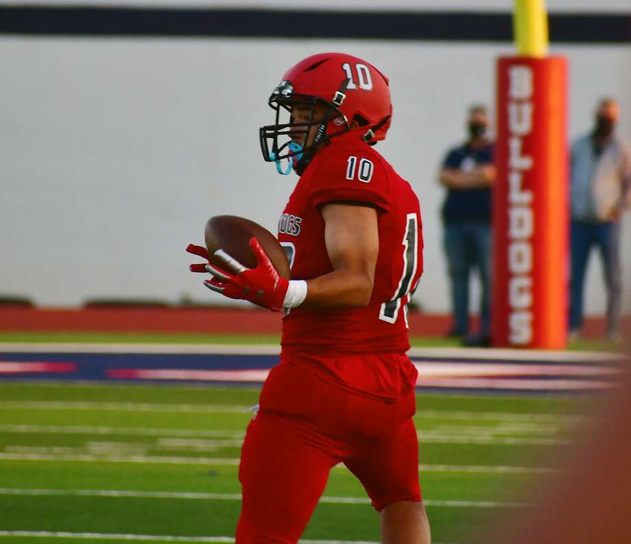 Receiver Xavier Vasquez and the rest of the Plainview football team's seniors will close their high school careers on Friday against Abilene Wylie. Photo: Nathan Giese/Planview Herald