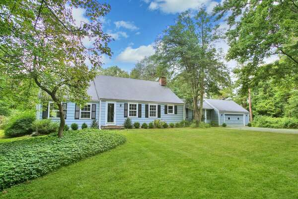 357 Jelliff Mill Road, New Canaan, CT Price: $819,000 3 Bedrooms, 3 Bathrooms, 2,357 Square Feet, 1 acre Built in 1949 View full listing