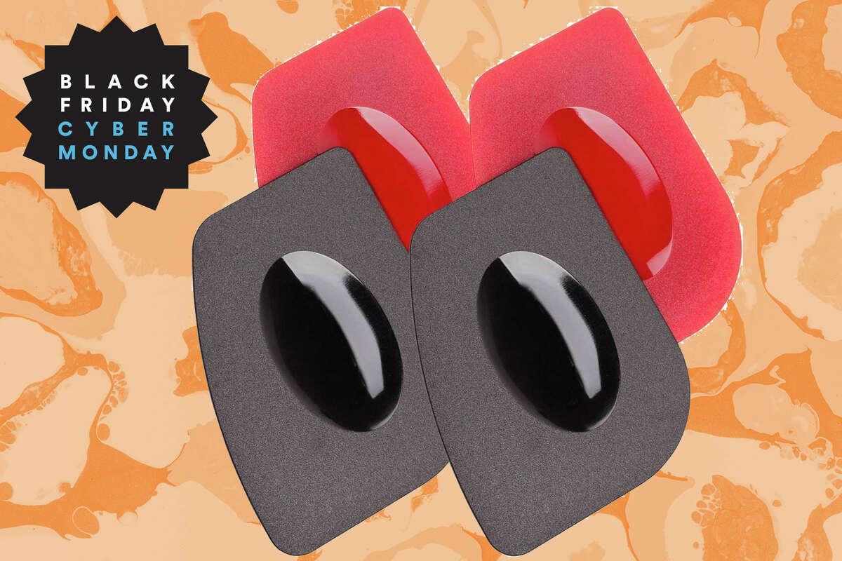 Pan Scraper, 4 Pack for $5.57 at Amazon