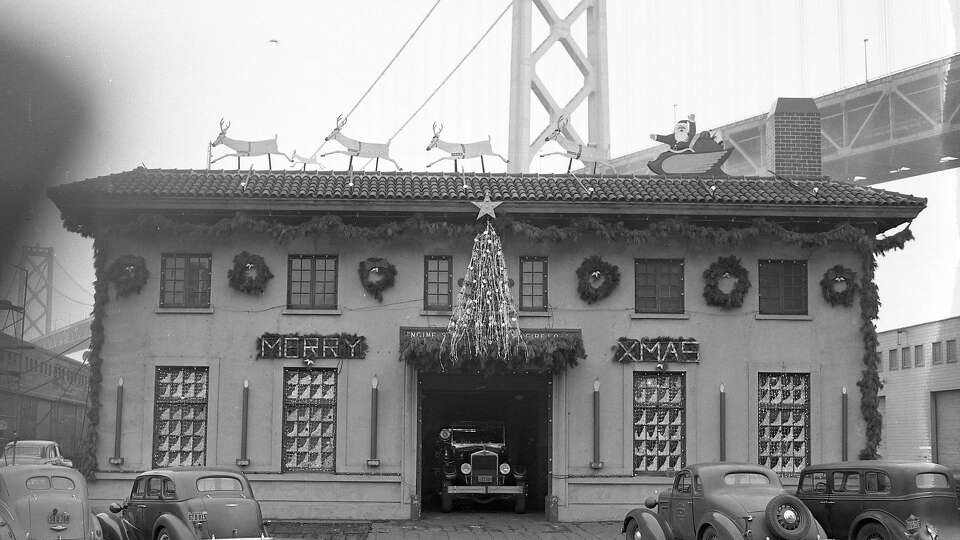 Holiday fire stations once lit up S.F.