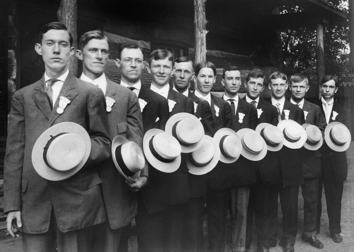 1922: The Straw Hat Riots Ever the trendy city, New York has always frowned on a fashion faux pas, but fashion policing took a deadly turn in 1922. During that time, wearing a straw boater hat after Sept. 15 was a major no-no, and it was common practice for passersby to knock the offending hats off others' heads come mid-September. However, in '22, a group of rowdy teenagers began knocking hats off of heads a few days early, which prompted the attacked to fight back, and, eventually, a full-blown Straw Hat Riot began.