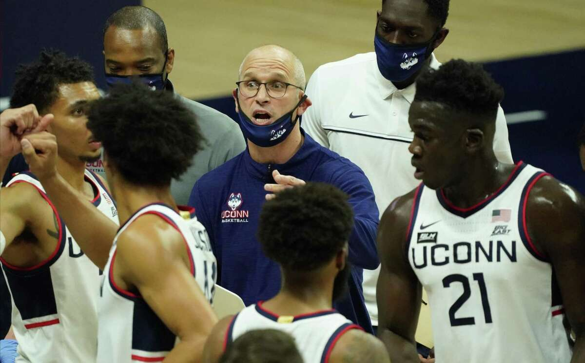 Nov 25, 2020; Storrs, CT, USA; Connecticut Huskies head coach Dan Hurley talks to his team during a break in the action against the Central Connecticut State Blue Devils in the first half at Gampel Pavilion. Mandatory Credit: David Butler II-USA TODAY Sports
