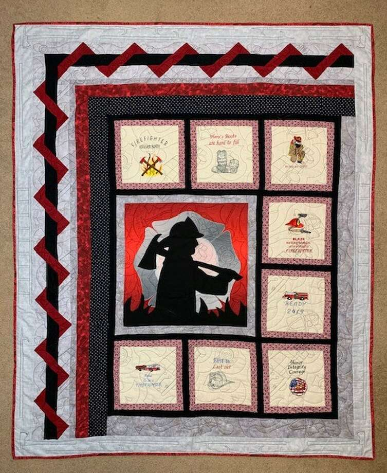 Floyd Country Christmas Ball organizers will auction off a special quilt. Photo: Provided By Dustee Sollis/Floyd Country Christmas Ball Organizer
