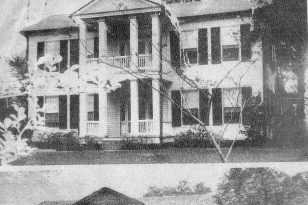 "In 1854 Peter and Caroline Willis engaged local builder John Shelton to build an impressive home  on College Street in Montgomery. The home was called ""Magnolia,"" named for their daughter  who was born in the house on June 15, 1854. Visitors to the home included General Sam Houston,  the hero of the Texas Revolution, and Charles B. Stewart, local political and civic leader who designed the Lone Star Flag."