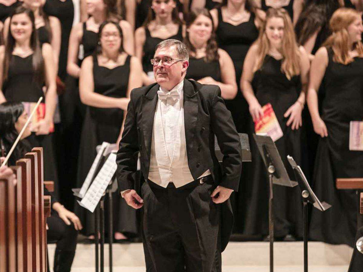 The St. Luke's School's Music Department Chair and 12th Grade Co-Dean Dale Griffa was recently honored as the recipient of the 2020 Lifetime Achievement Award by the Connecticut Chapter of the American Choral Directors Association (CT-ACDA).
