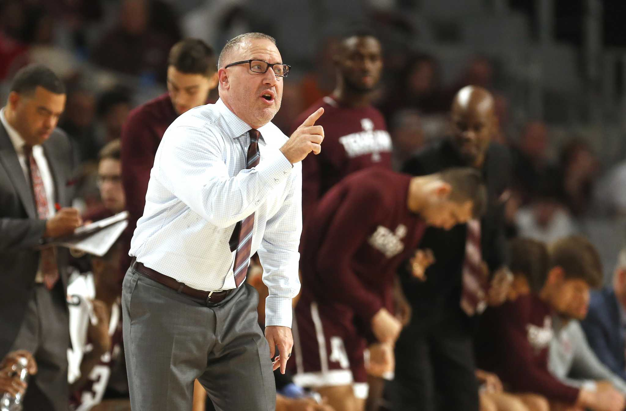 Texas A&M basketball team will stay in locker room for anthem