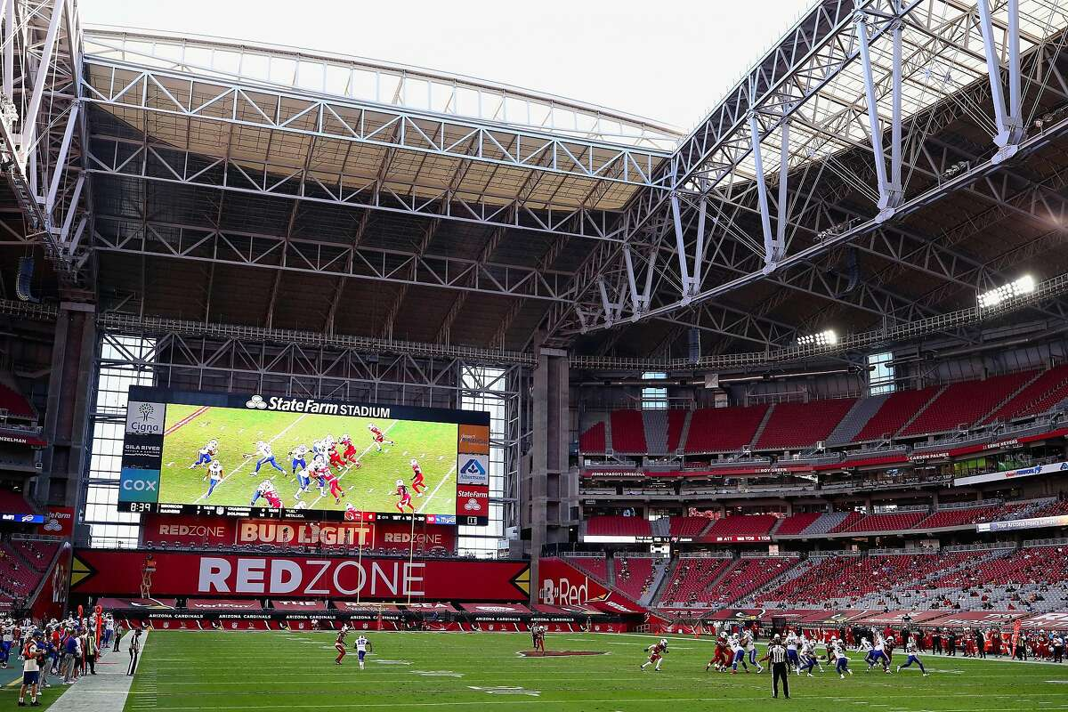 GLENDALE, ARIZONA - NOVEMBER 15: General view of action between the Arizona Cardinals and the Buffalo Bills during the NFL game at State Farm Stadium on November 15, 2020 in Glendale, Arizona. The Cardinals defeated the Bills 32-30. (Photo by Christian Petersen/Getty Images)
