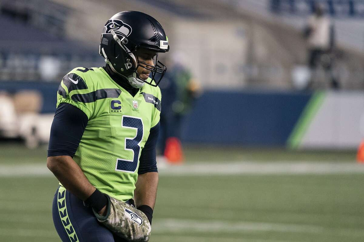 MVP candidate Russell Wilson and the Seahawks visit the Eagles at 5:15 p.m. Monday (ESPN/1050).