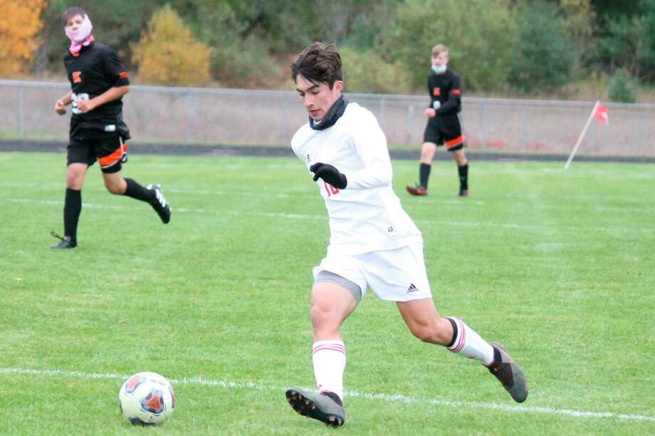 Kevin Hubbell leads a breakaway during a Benzie Central victory at Kingsley on Oct. 14. (Photo/Robert Myers)