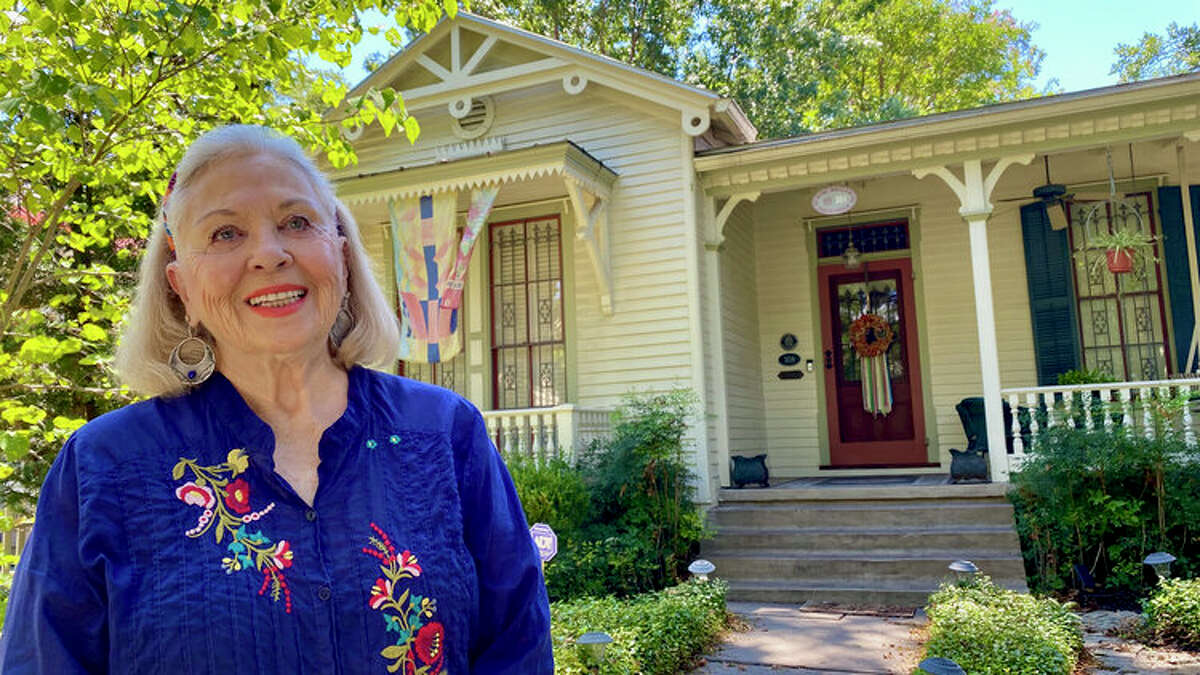 Margaret Leeds has lived in her Victorian cottage on King William Street since 1998.