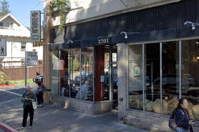 Sack's Coffee House, a popular student study spot at 2701 College Ave. in Berkeley, has reportedly closed for good.