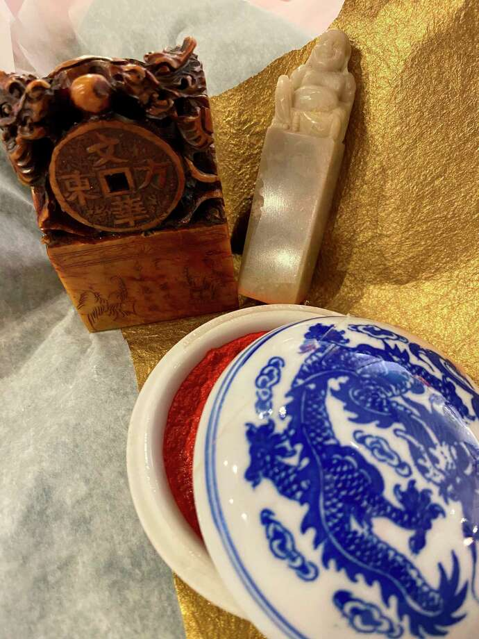 This Chinese seal and stamp set is one of the items that you can find at the SecondHand Picasso Sale. (Photo Provided)