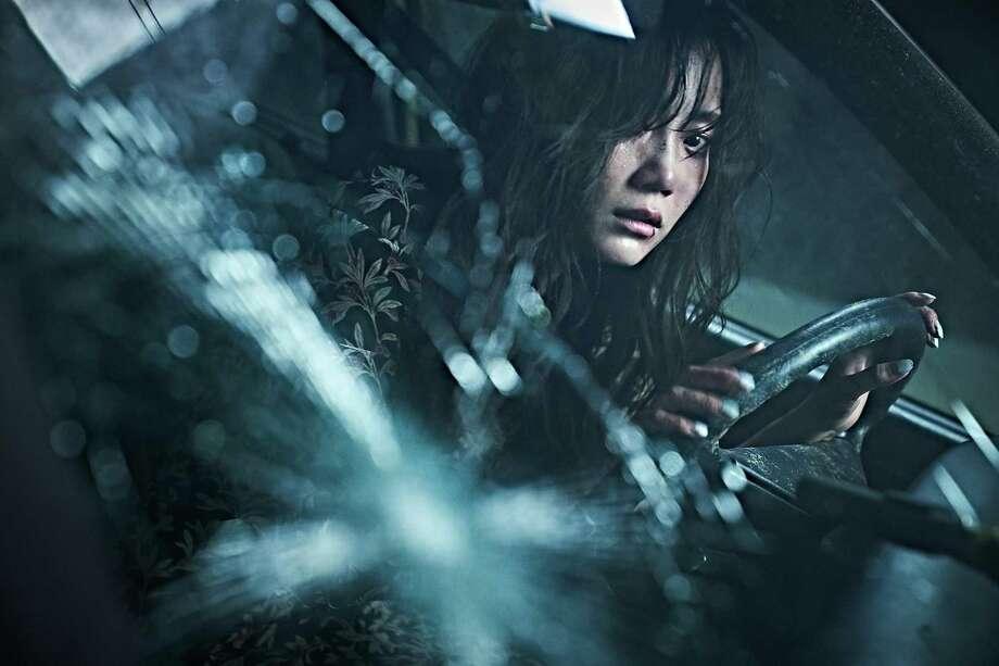 "Shin Hyun-been plays a woman on the run in the South Korean crime film ""Beasts Clawing at Straws"" Photo: Artsploitation / CHO WON JIN"