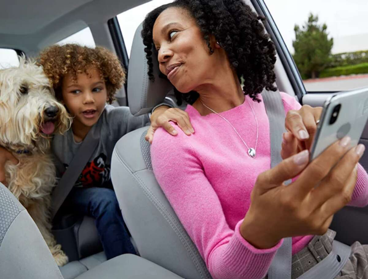 Using the Sam's Club app along with free curbside Pickup will save you time and keep you safe this holiday season.
